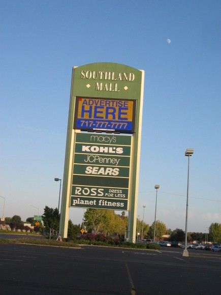 Southland Mall rolls on after foreclosure sale
