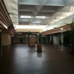 Palm-Springs-Mall-18